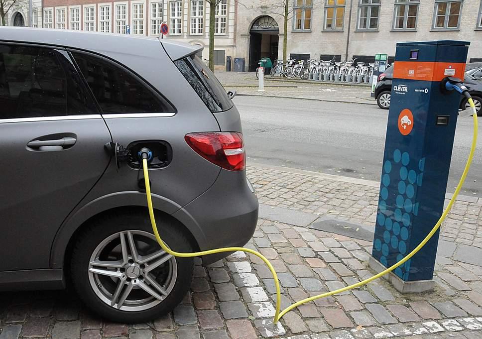 Πανελλαδικό δίκτυο φόρτισης ηλεκτρικών οχημάτων αναπτύσσει η ΜΕΤΡΟ ΑΕΒΕ
