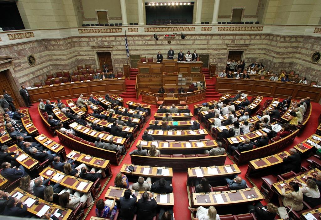Βουλή: Πέρασε η τροπολογία για τη ΛΑΡΚΟ
